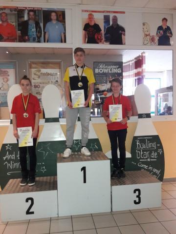 Jugend B: Platz 1: Maurice Krause Platz 2: Josephina Hinze Platz 3: Bennet Hennings