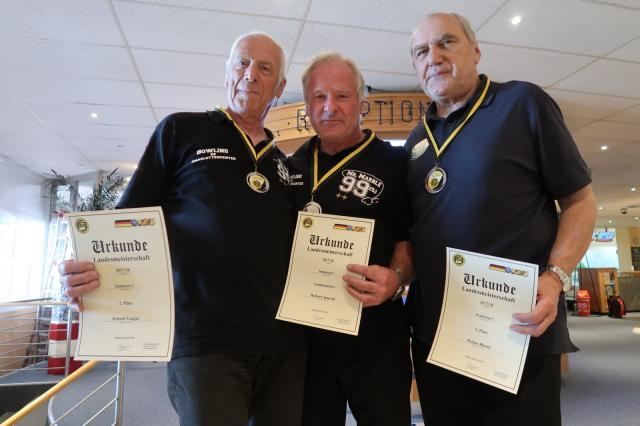 Platz 1: Herbert Jomrich Platz 2: Helmut Gaspar Platz 3: Walter H�rtel